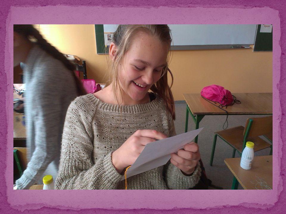 W każdym tygodniu spotykałyśmy się, aby wraz z panią Renatą Biernat wyszyć nowe, coraz lepsze wzory, np.