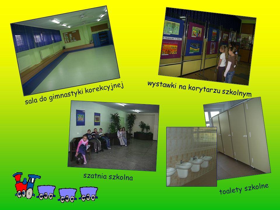 sala do gimnastyki korekcyjnej szatnia szkolna wystawki na korytarzu szkolnym toalety szkolne