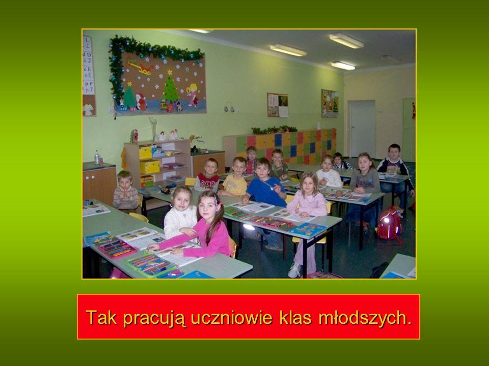 Tak pracują uczniowie klas młodszych.