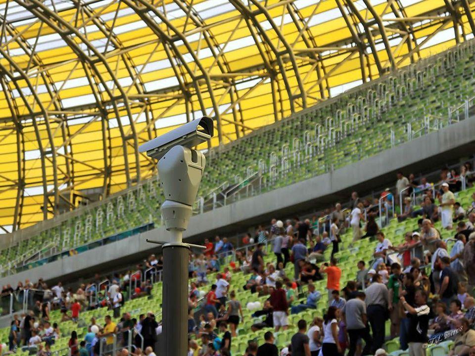 Pojemność stadionu to 44.000 widzów