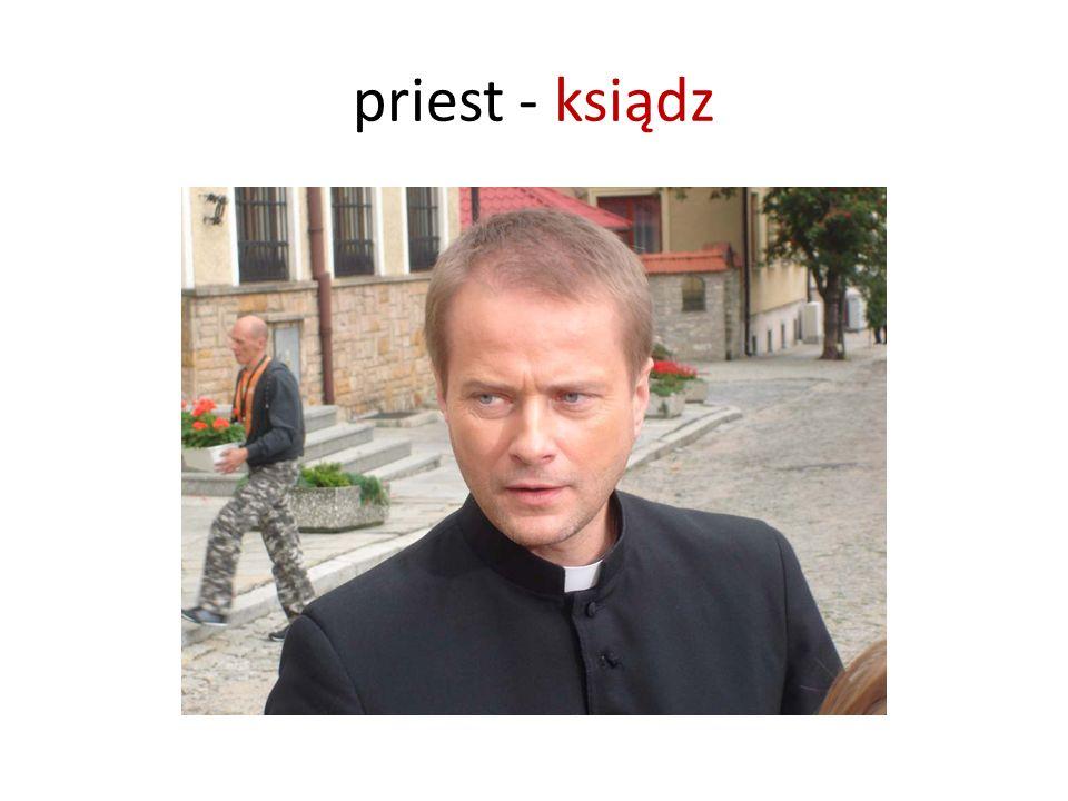 priest - ksiądz