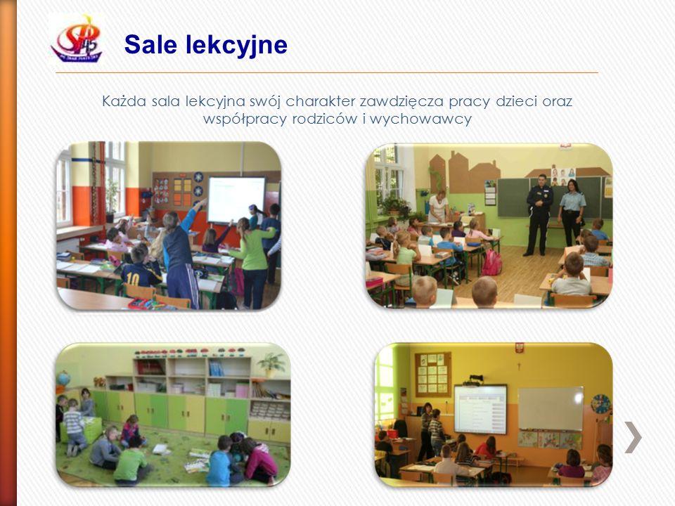 Sale lekcyjne Każda sala lekcyjna swój charakter zawdzięcza pracy dzieci oraz współpracy rodziców i wychowawcy