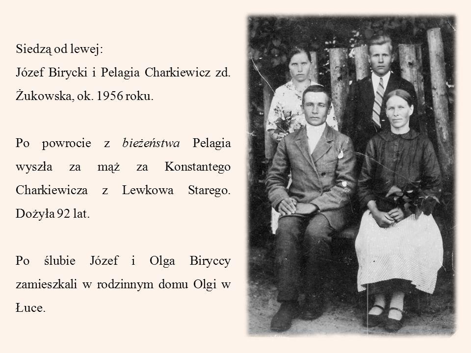 Siedzą od lewej: Józef Birycki i Pelagia Charkiewicz zd.
