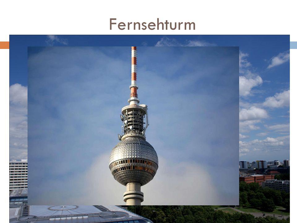 Fernsehturm Wieża telewizyjna stojąca na zachód od Alexanderplatz w berlińskiej. Została zbudowana w latach 1965–1969 na terenie Berlina Wschodniego w