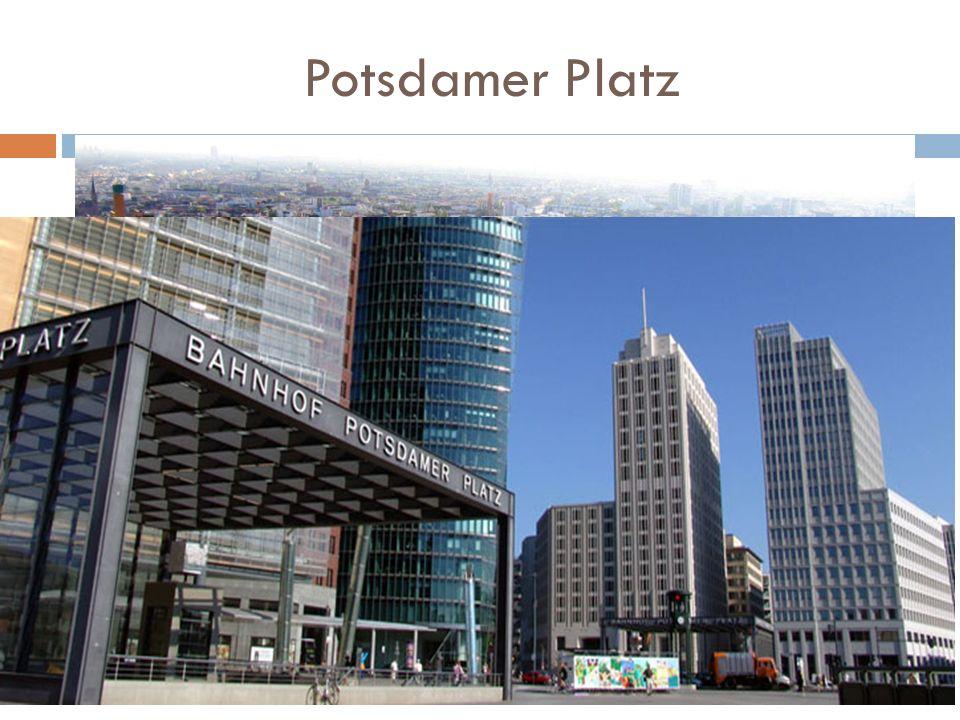 Potsdamer Platz Jeden z największych i najruchliwszych placów w centralnym Berlinie, w dzielnicach Mitte oraz Tiergarten, w okręgu administracyjnym Mitte.