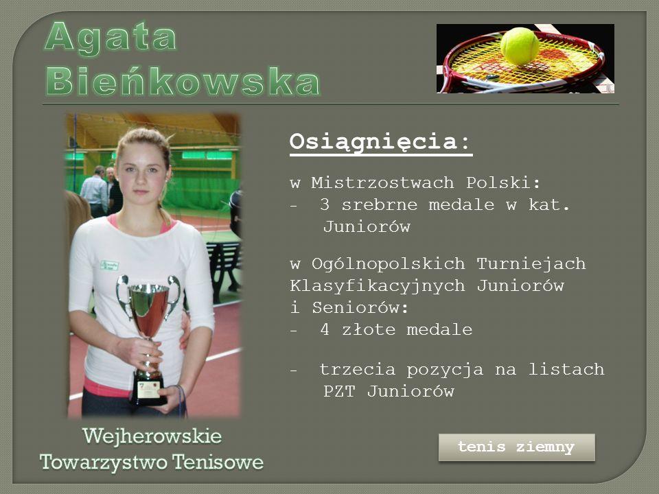 Osiągnięcia: w Mistrzostwach Polski: - 3 srebrne medale w kat.
