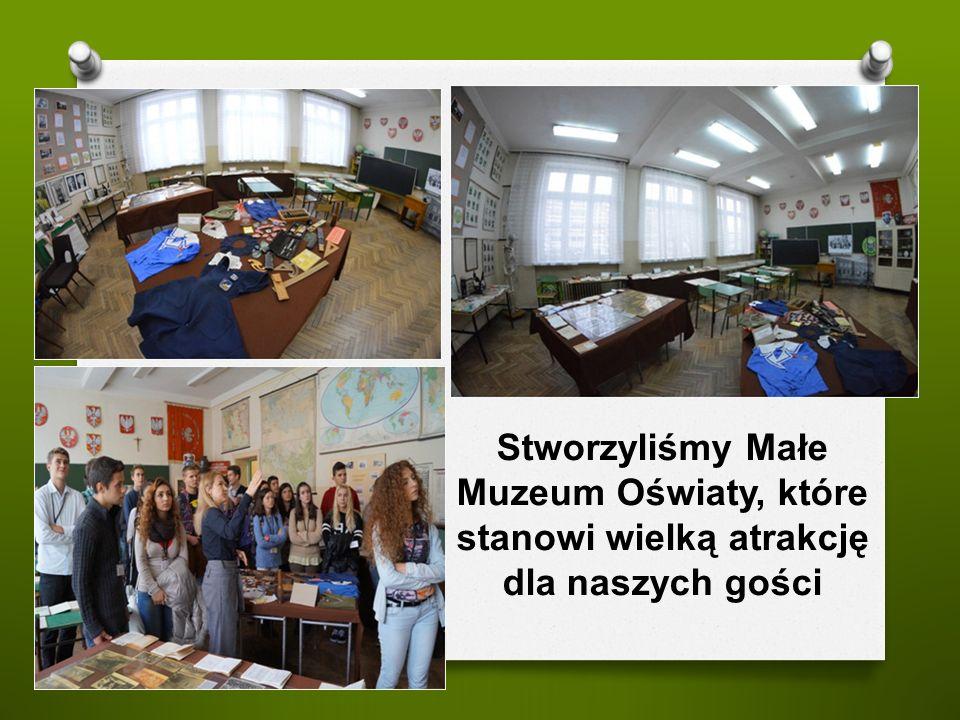 Stworzyliśmy Małe Muzeum Oświaty, które stanowi wielką atrakcję dla naszych gości