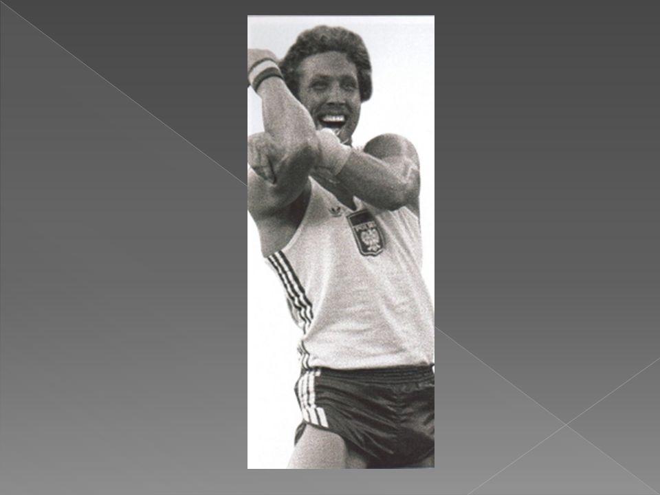  Złoty medalista olimpijski w Moskwie (1980) Uczestnik Igrzysk Olimpijskich w Montrealu (1976) 2 miejsce na Mistrzostwach Europy w Rzymie (1974), 4 miejsce w Pradze (1978) 3 miejsce na Halowych Mistrzostwach Europy w Katowicach (1975) dwukrotny złoty medalista w San Sebastian (1977) i w Wiedniu (1979), 4 miejsce w Mediolanie (1982) Złoty medal na Uniwersjadzie w Sofii (1873) Rekordzista Europy i świata Najlepszy wynik: 5,78 m