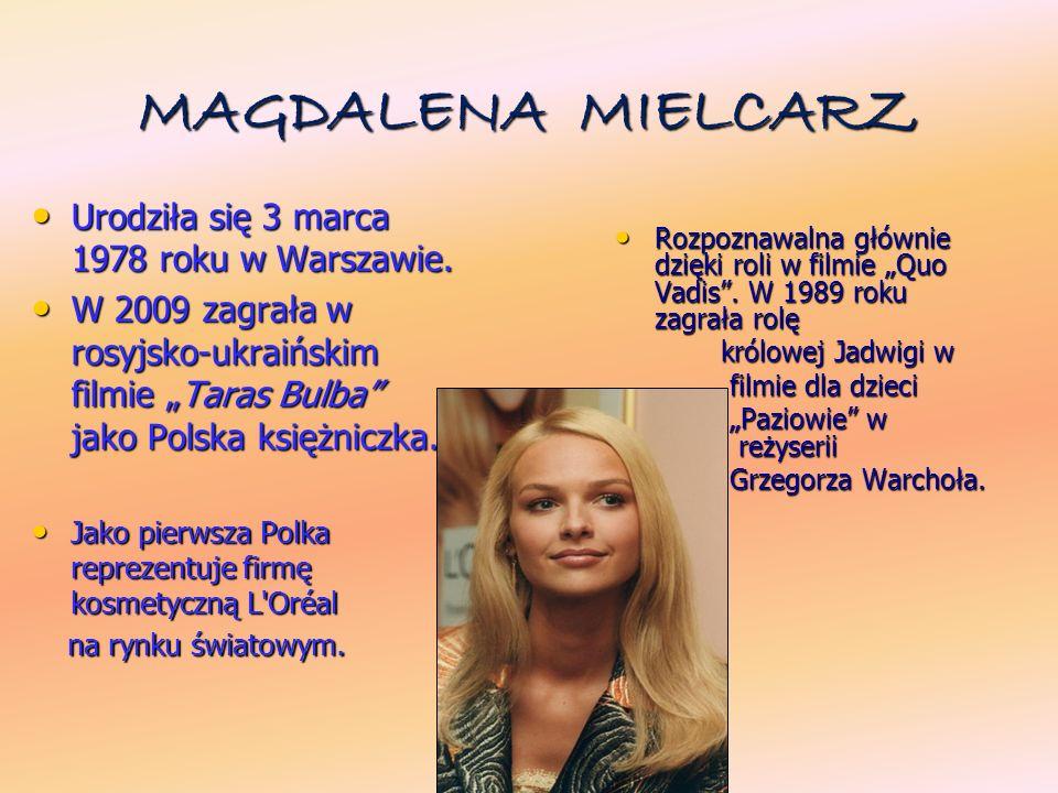 PAWE Ł DEL Ą G Urodził się 29 kwietnia 1970 w Krakowie.