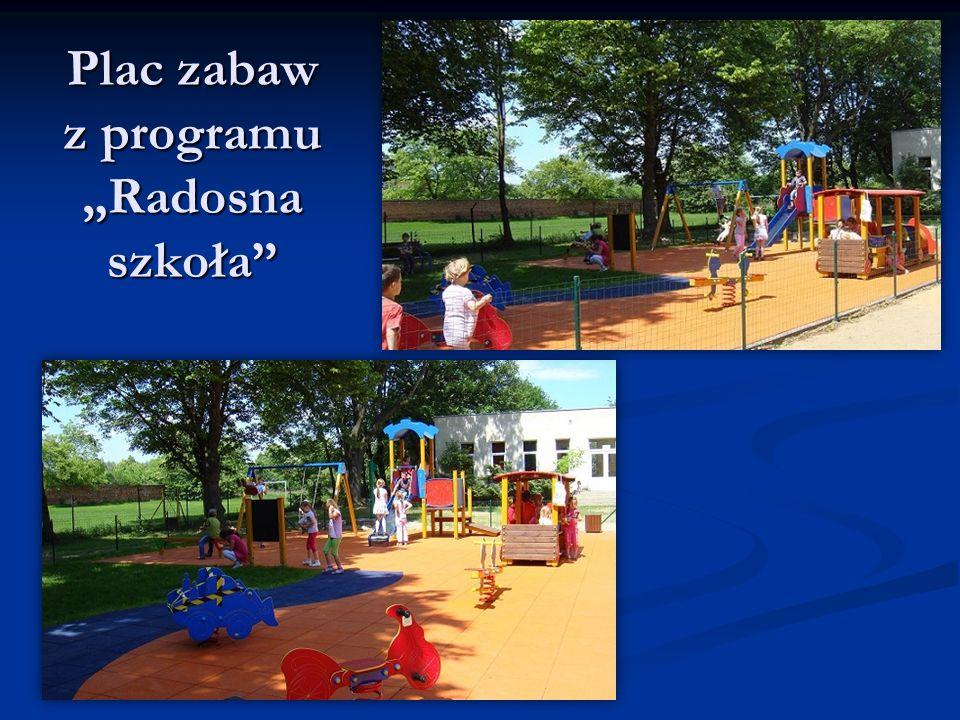 """Plac zabaw z programu """"Radosna szkoła"""