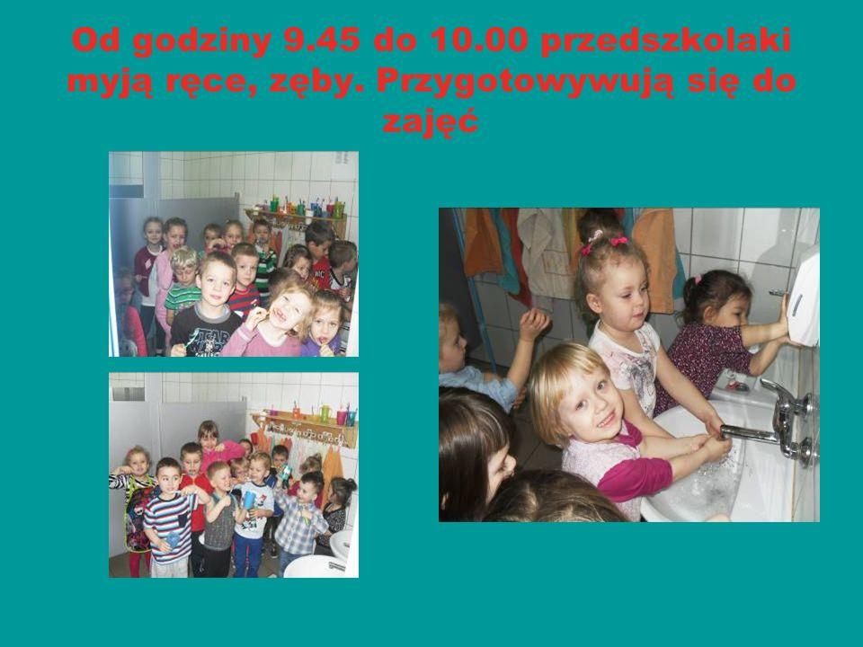 Od godziny 10.00 do 10.40 prowadzone są zajęcia dydaktyczno – wychowawcze objęte programem edukacji przedszkolnej.
