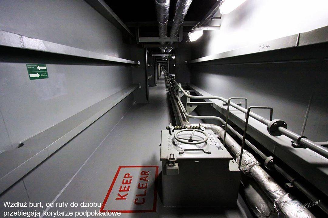 W zbiornikach mieści się 12.000 ton paliwa