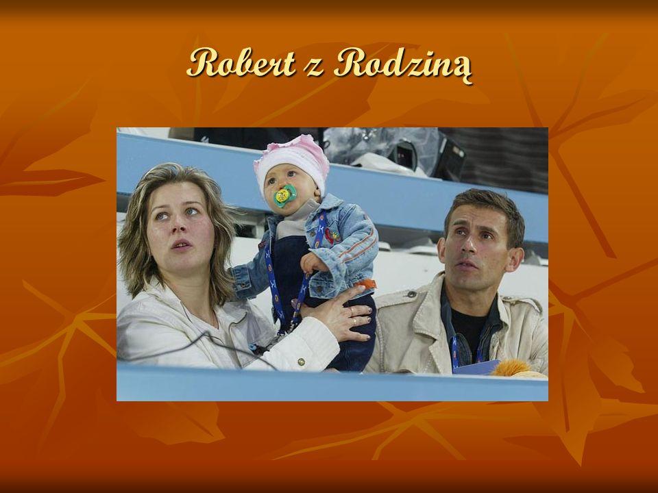 Rodzina Robert Korzeniowski jest synem Zdzisława Robert Korzeniowski jest synem Zdzisława i Emilii z d. Sawczuk Ma żonę i dwie córki. Ma żonę i dwie c