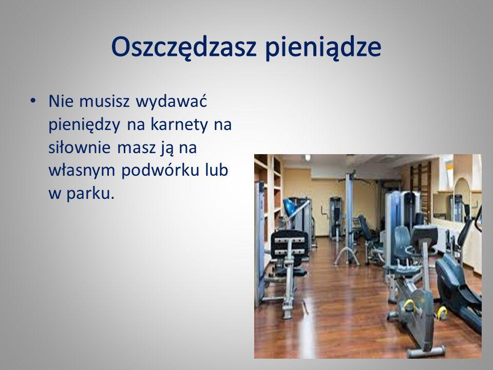 Podczas treningu na dworze dodatkowo musisz stawić czoła pędowi powietrza i całemu otoczeniu.