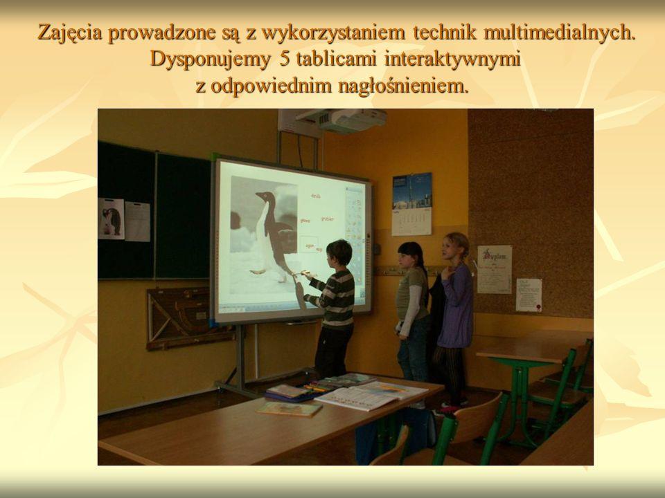Zajęcia prowadzone są z wykorzystaniem technik multimedialnych.