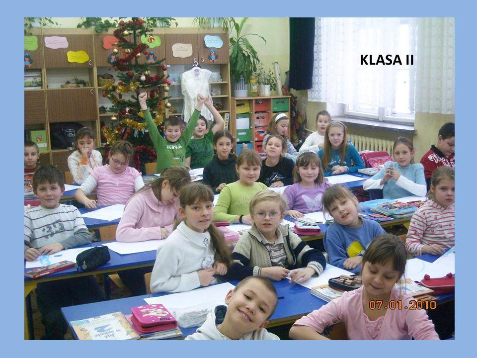 """Szkoła posiada certyfikaty Certyficate of participation """"Spring Day in Europe Szkoła promująca zdrowie Obchody Światowego Dnia POChP Szkoła z Klasą Uczeń z Klasą Szkoła Przyjazna Uczniom z Dysleksją Promotor Recyklingu W latach 2005 – 2008 realizowaliśmy program Wspólnoty Europejskiej Socrates – Comenius """"Edukacja językowa przez całe życie"""