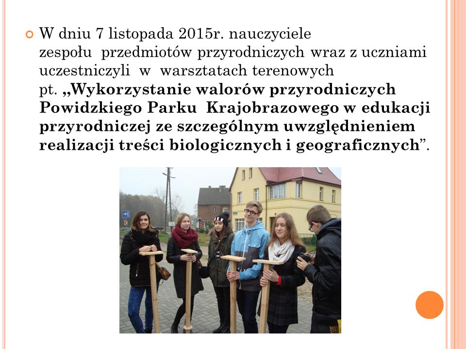 W YJAZDY N A ZAJĘCIA NA U NIWERSYTECIE EKONOMICZNYM W P OZNANIU W mijającym roku szkolnym uczniowie klas Ia i Ib aż pięć razy wyjeżdżali na zajęcia prowadzone przez pracowników Uniwersytetu Ekonomicznego w Poznaniu.