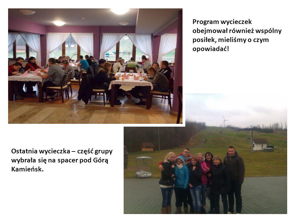 Ostatnia wycieczka – część grupy wybrała się na spacer pod Górą Kamieńsk.