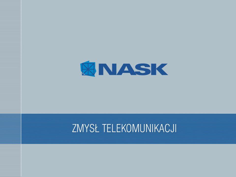 """Zapewnienie bezpieczeństwa środowiska Ograniczenia starej infrastruktury portalu Polska.pl:  wszystkie aplikacje działają na jednym serwerze, konkurują między sobą o zasoby  problemy z jedną aplikacją mogą wpływać niepożądanie na działanie drugiej aplikacji  błąd """"bezpieczeństwa w jednej aplikacji może spowodować, że cały serwer będzie zagrożony Konieczne jest stworzenie środowiska, w którym:  w łatwy sposób będzie można aktualizować oprogramowanie pod kątem bezpieczeństwa  każda aplikacja będzie działać we własnym środowisku odseparowana od innych aplikacji  wykorzystanie zasobów (pamięci, czasu procesora) przez jedną aplikację nie wpłynie na pracę innej aplikacji  zmniejszenie ryzyka włamania do całej infrastruktury portalu (aplikacje www działają we własnych środowiskach)"""