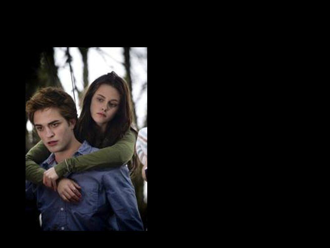 Edward Cullen-Wartości moralne Edward za wszelką cenę chce chronić Bellę.