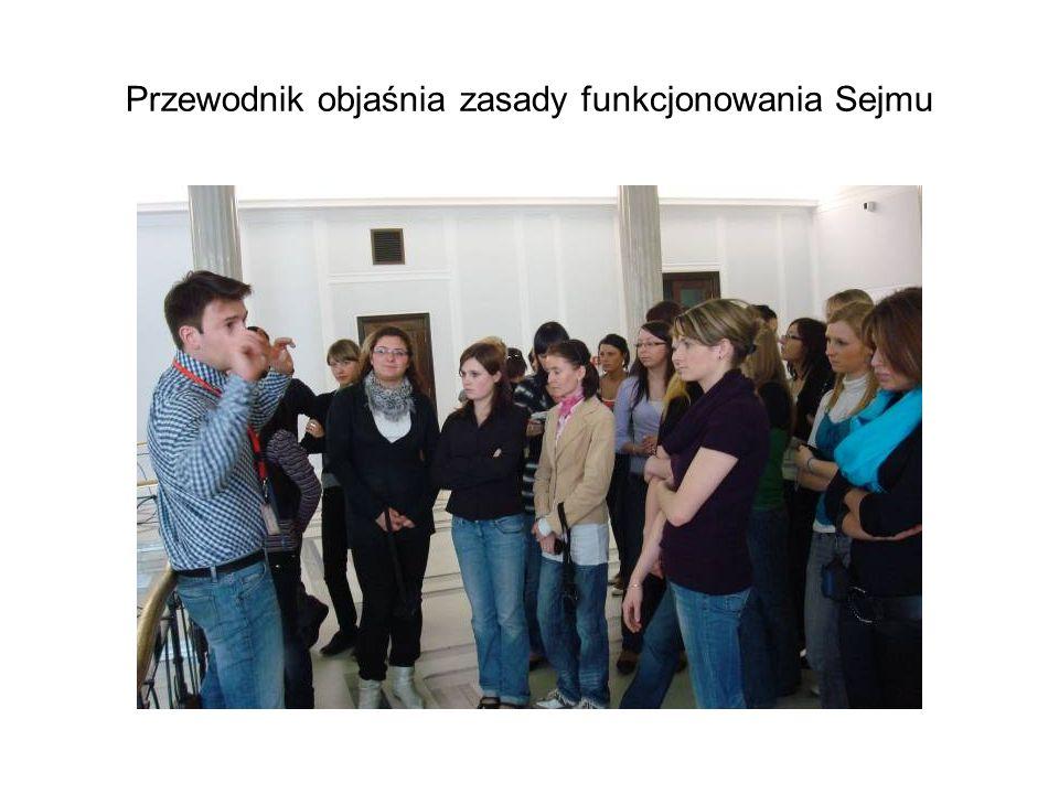 Przewodnik objaśnia zasady funkcjonowania Sejmu
