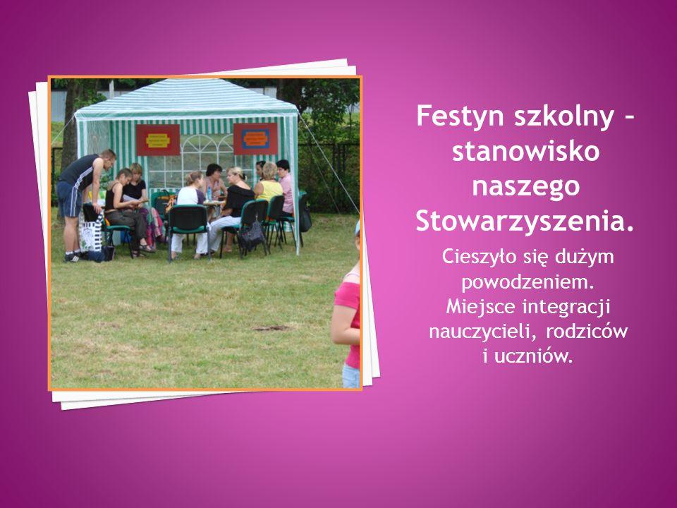 Cieszyło się dużym powodzeniem. Miejsce integracji nauczycieli, rodziców i uczniów.