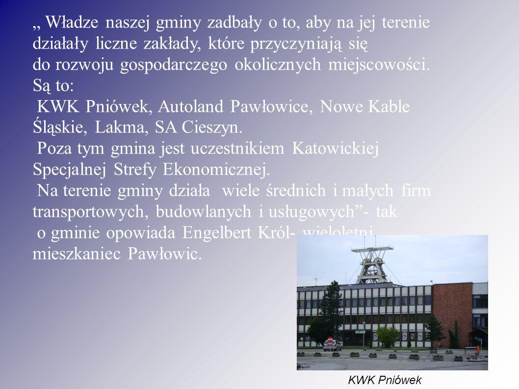 """"""" W gminie działa sześć szkół podstawowych, trzy gimnazja i jedno liceum ogólnokształcące."""