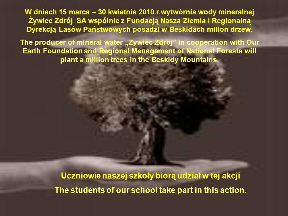 """Inicjatorem akcji MOJE SILNE DRZEWO jest Rodżer Sdzuj uczeń II klasy Szkoły Zawodowej Rodzer Sdzuj – the student of the second year is the originator of """"MY POWERFUL TREE action."""
