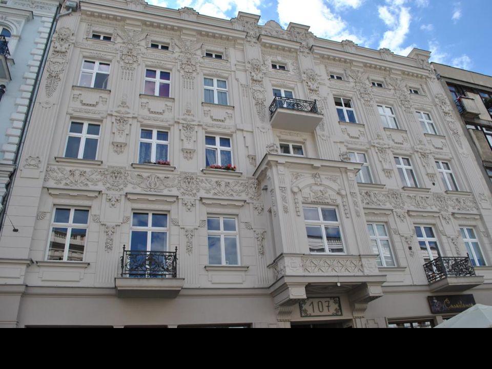 Piotrkowska była nie tylko centrum handlowym, ale również salonem artystycznym i mekką kulturalną Łodzi.