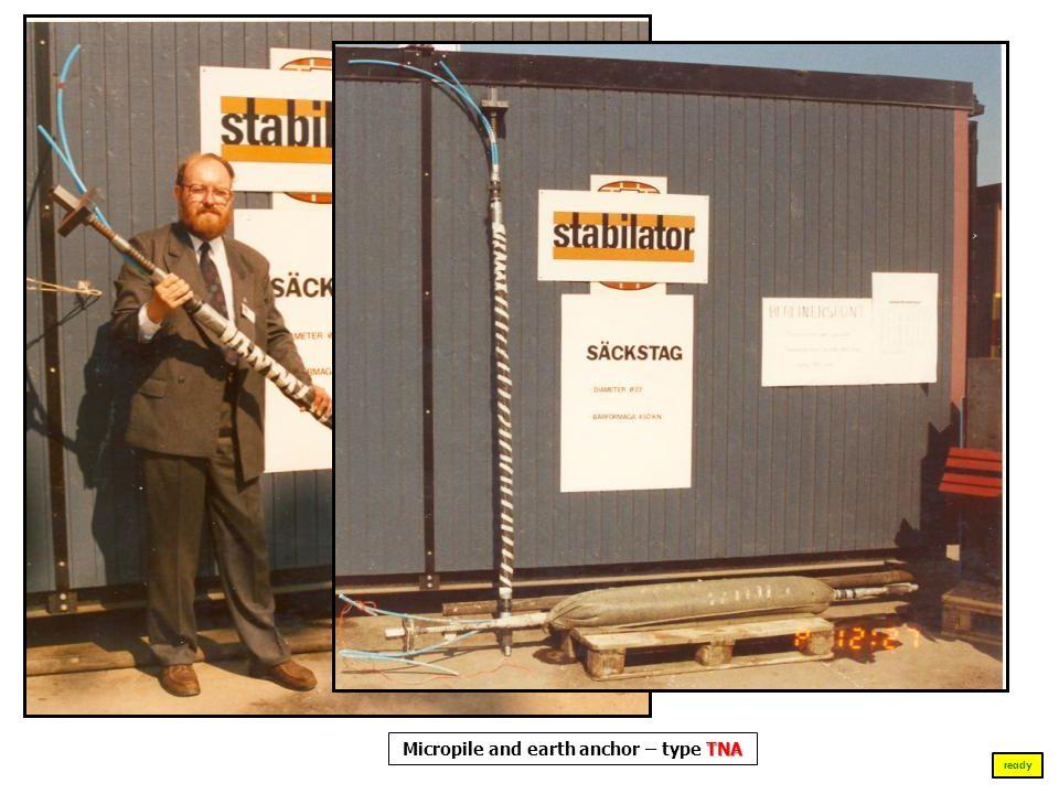 Malbork 1990 - 1995 Osoby, które nie uczestniczyły w zasadniczych pracach ratunkowych Ściany Zachodniej Wielkiego Refektarza Zamku Średniego w Malborku ready