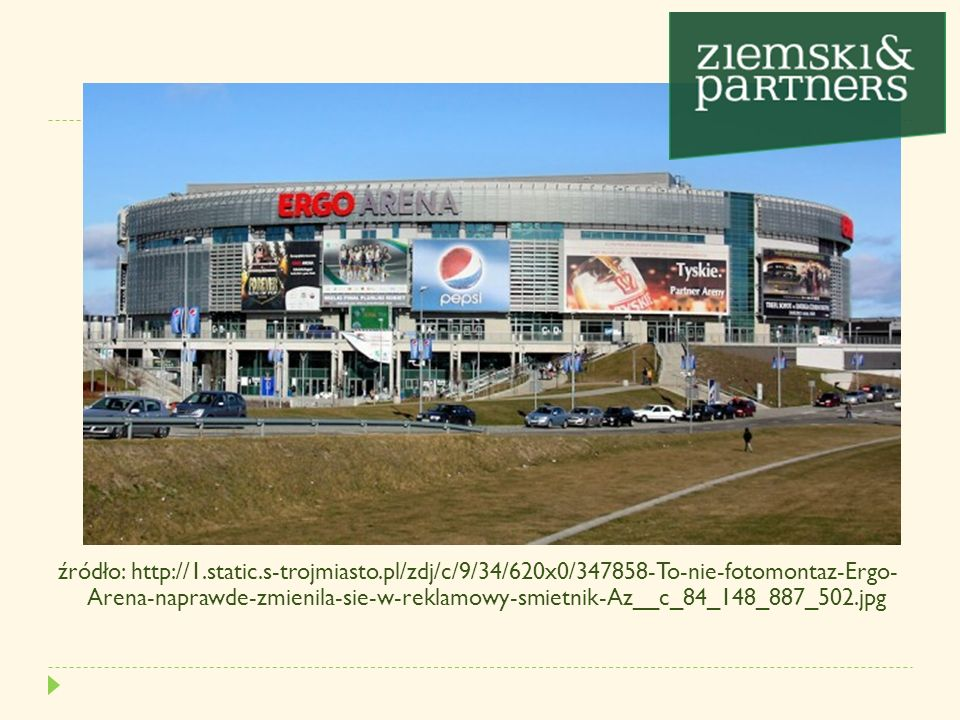 źródło:http://bi.gazeta.pl/im/ae/8b/d5/z13994926Q,ponad_300tablic_reklamo wych_stoi_na_20_km_drogi_miedzy.jpg