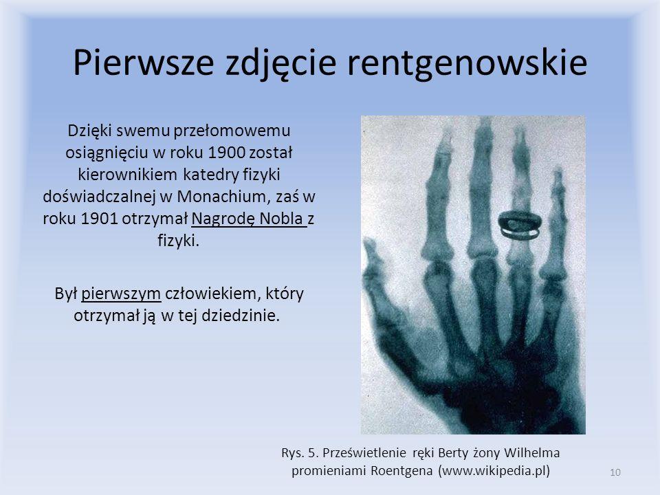 Pierwsze zdjęcie rentgenowskie Dzięki swemu przełomowemu osiągnięciu w roku 1900 został kierownikiem katedry fizyki doświadczalnej w Monachium, zaś w