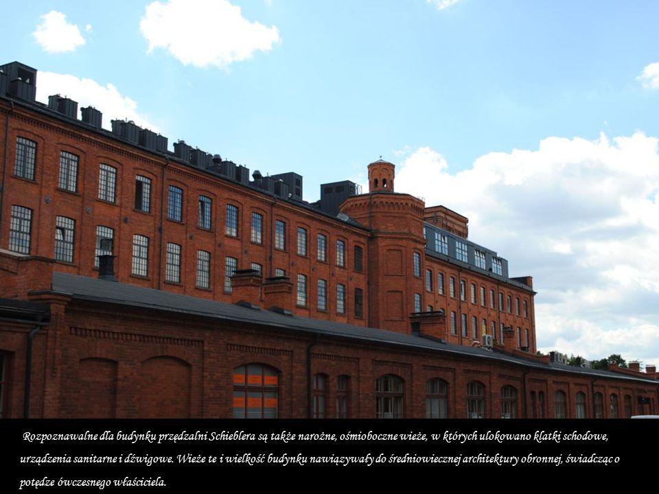 Karol Scheibler największy ówczesny fabrykant pochodzenia niemieckiego zbudował 1870 roku w potężny kompleks zespołu fabrycznego.
