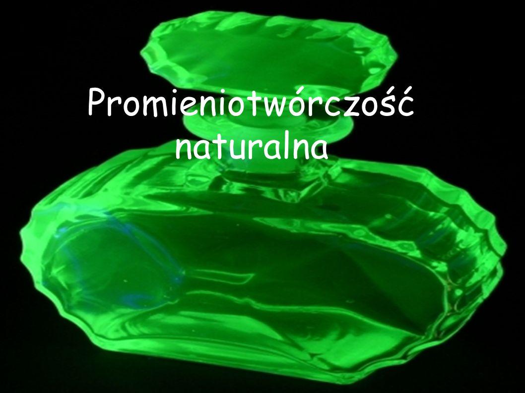 Promieniotwórczość naturalna (inaczej promieniowanie naturalne) - promieniowanie jonizujące pochodzące wyłącznie ze źródeł naturalnych: Z naturalnych pierwiastków radioaktywnych obecnych w glebie, skałach, powietrzu i wodzie: obecnych w minerałach, przyswajanych przez rośliny i zwierzęta, a także używanych jako materiały konstrukcyjne, syntezowanych w atmosferze (i przenikających do hydrosfery) wskutek reakcji składników atmosfery z promieniowaniem kosmicznym, promieniowanie przenikalne do środowiska wskutek działalności przemysłowej człowieka (wydobycie rud uranu, spalanie węgla zawierającego pierwiastki promieniotwórcze).