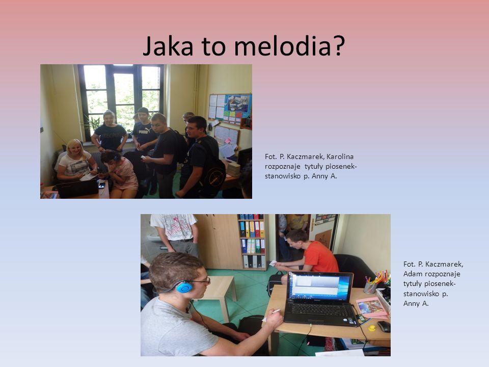 Nie zatrzymasz czasu! Fot. J. Bochenek, uczniowie przy określaniu czasu- stanowisko p. Anny Ż.
