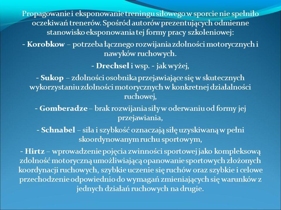 Historia toru przeszkód: - Thiess (NRD) – bieg zwinnościowy pod nazwą Gewandtheitslauf – kilka ustawień toru w zależności od wieku badanych, - Schnabel (NRD) – bieg z przeszkodami pod nazwą Hindernislauf – podstawowa wersja Thiess a, różniąca się jedynie początkowymi zadaniami ruchowymi, - Kuraś – test zwinnościowy w formie toru przeszkód spełniającego wymagania pod względem rzetelności, trafności i siły różnicowania – czas wykonania: 18 - 28 sekund,
