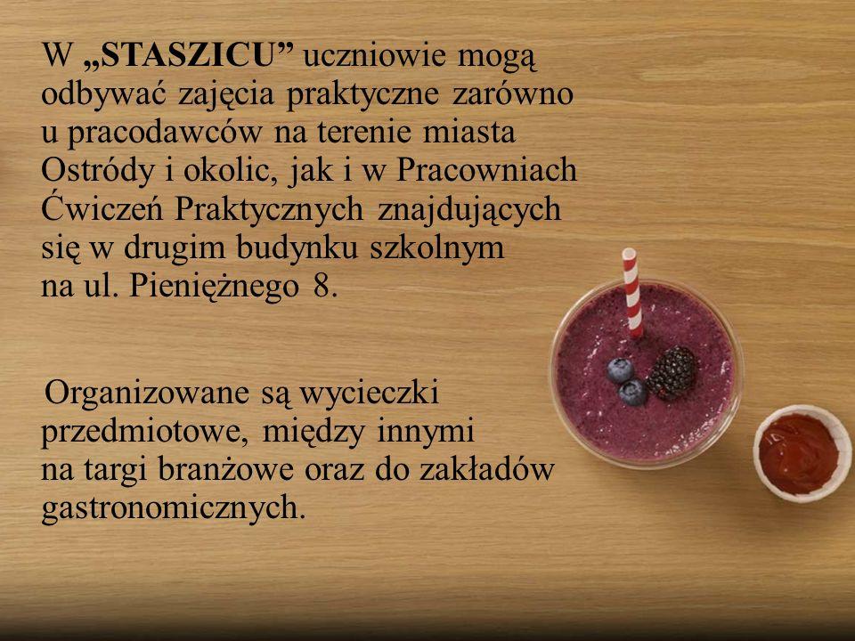 """W """"STASZICU uczniowie mogą odbywać zajęcia praktyczne zarówno u pracodawców na terenie miasta Ostródy i okolic, jak i w Pracowniach Ćwiczeń Praktycznych znajdujących się w drugim budynku szkolnym na ul."""
