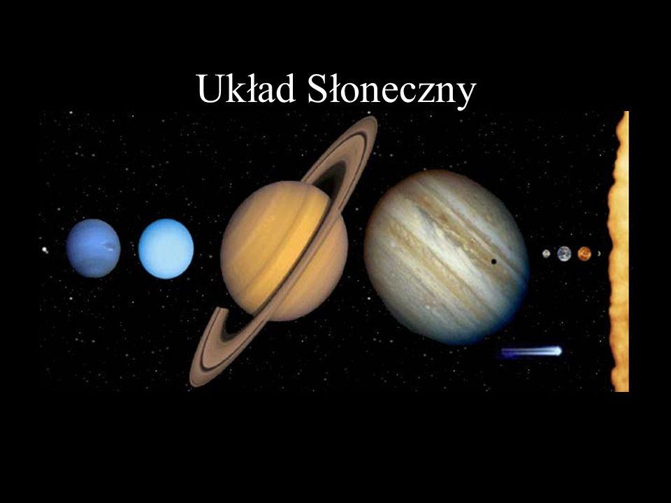 Saturn Średnica równikowa: 120660 km Masa: 5,69·10 26 kg Średnia gęstość: 690 kg/m 3 Średnia odległość od Słońca: 1426 mln km (9,539 j.a.) Okres orbitalny: 29,46 lat ziemskich Okres rotacji: 10,2 godzin Powierzchnia: gazowa Atmosfera: H (97%), He (3%), CH 4 (0,05%) NH 3 itp.