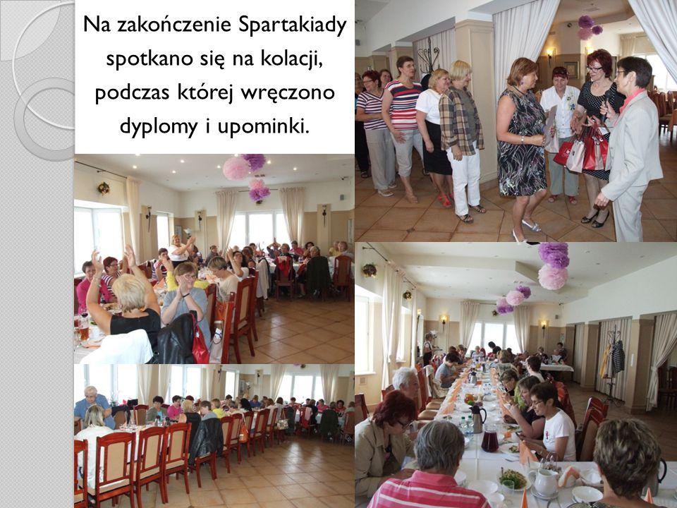 Na zakończenie Spartakiady spotkano się na kolacji, podczas której wręczono dyplomy i upominki.