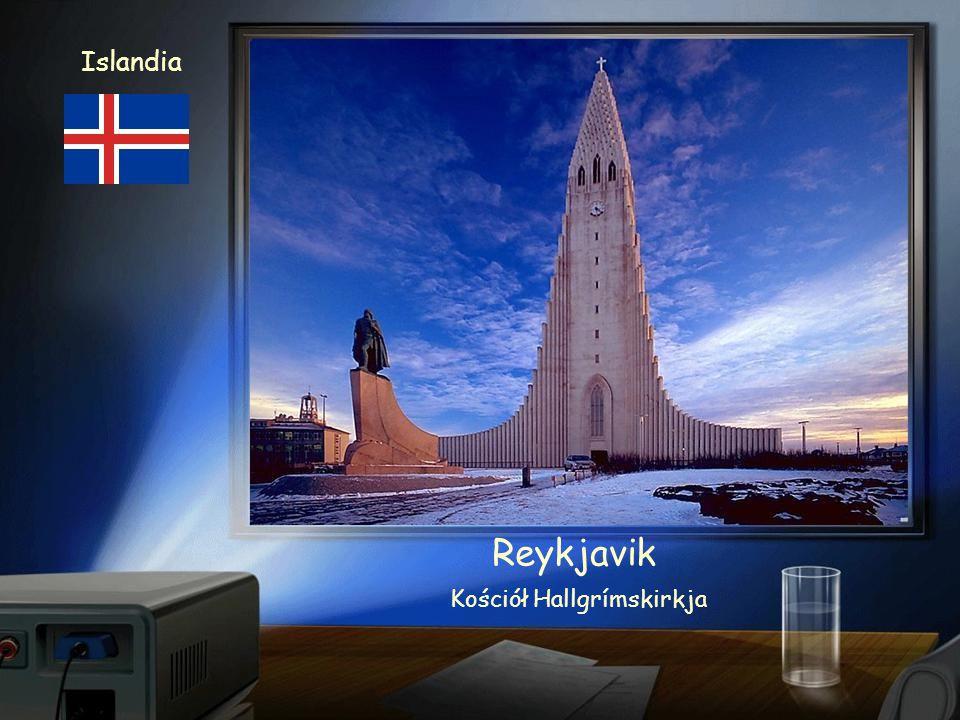 Islandia Reykjavik Budynek Parlamentu i XVIII-wieczna katedra