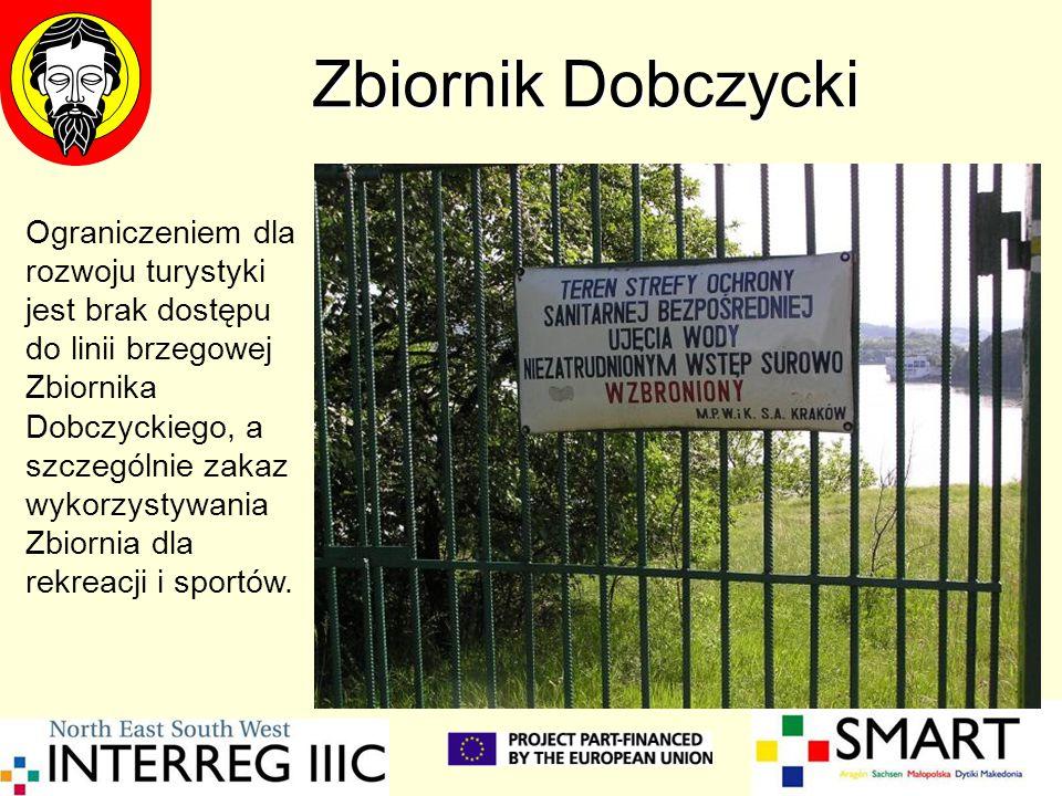 Zbiornik Dobczycki Ograniczeniem dla rozwoju turystyki jest brak dostępu do linii brzegowej Zbiornika Dobczyckiego, a szczególnie zakaz wykorzystywani