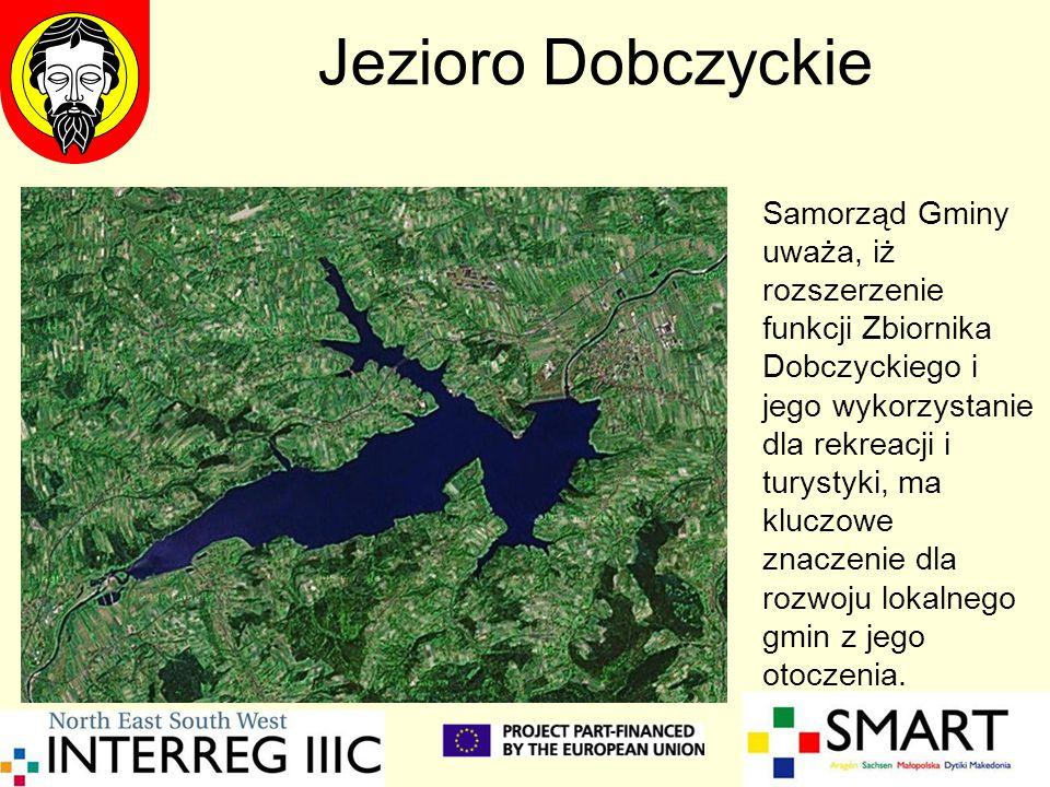 Jezioro Dobczyckie Samorząd Gminy uważa, iż rozszerzenie funkcji Zbiornika Dobczyckiego i jego wykorzystanie dla rekreacji i turystyki, ma kluczowe zn