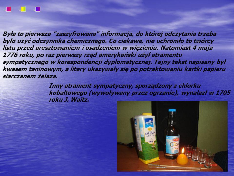 Są to substancje organiczne, które utleniają się i ciemnieją po podgrzaniu.