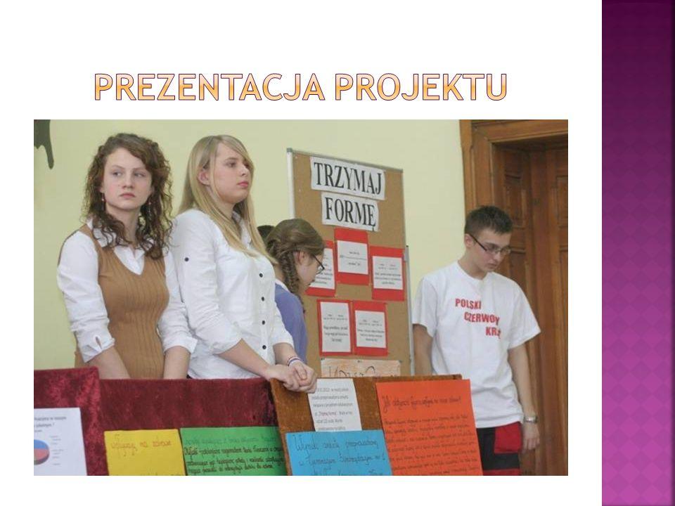  Prezentacja wyników ankiety przeprowadzonej wśród 120 uczniów klas II oraz Ic, dotyczącej zdrowego odżywiania i nawyków żywieniowych uczniów gimnazjum.