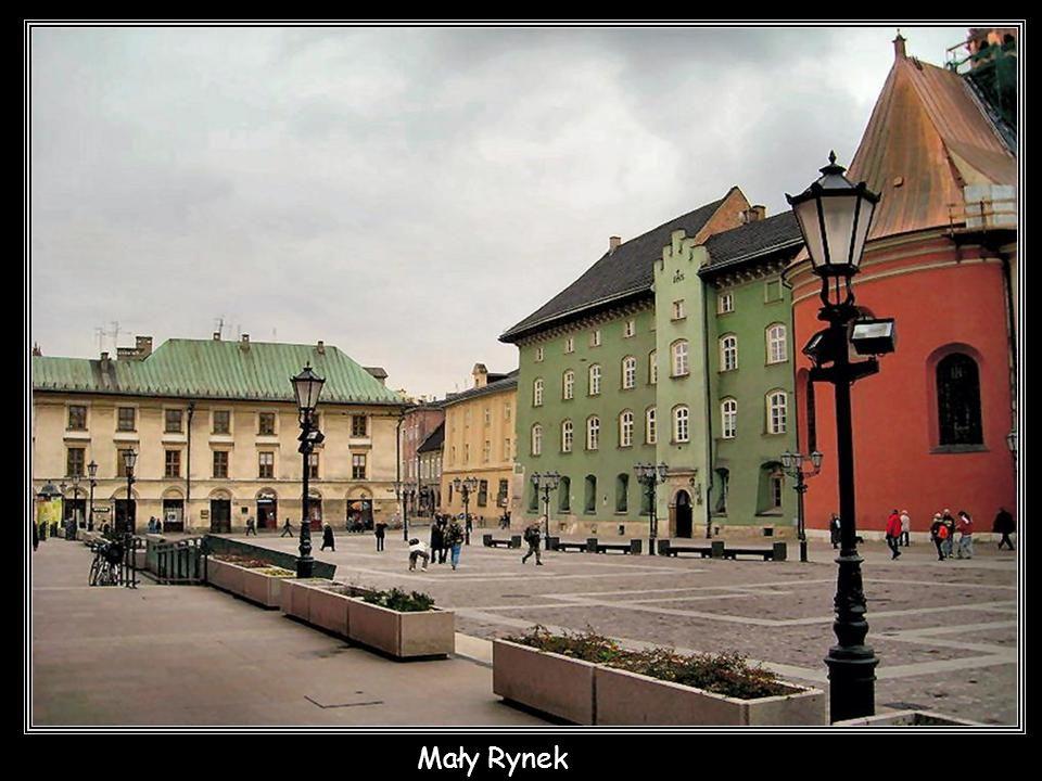 Krakowskie Planty nocą od ul. Gertrudy