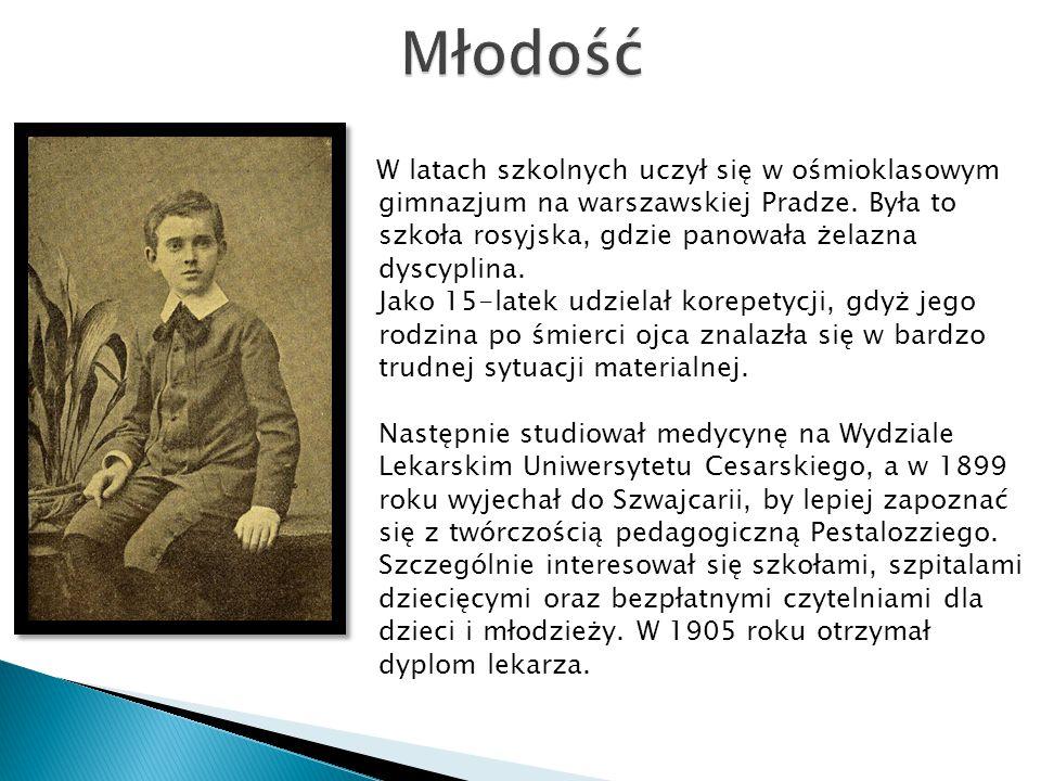 W latach szkolnych uczył się w ośmioklasowym gimnazjum na warszawskiej Pradze. Była to szkoła rosyjska, gdzie panowała żelazna dyscyplina. Jako 15-lat