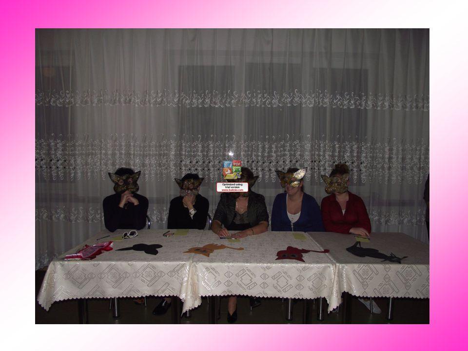 Celem imprezy było zaprezentowanie się pierwszaków przed starszyzną Internatu.
