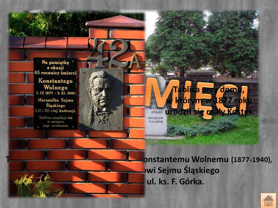 Tablica i płaskorzeźba poświęcona Konstantemu Wolnemu (1877-1940), pierwszemu Marszałkowi Sejmu Śląskiego Mikołów-Bujaków, ul. ks. F. Górka. Tablica p