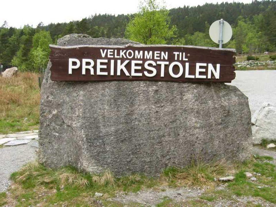 W pobliżu Stavanger w Norwegii znajduje się niezwykła skała wyrastająca 600 m ponad fiord Lysef ale dostanie się tam nie jest marzeniem alpinistów.