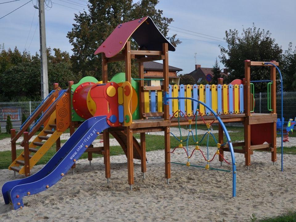 33 Plac zabaw przy ul. Targowej w Wartkowicach